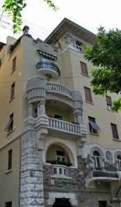 01 - Palazzo esterno (1)