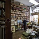 Trieste - L a libreria antiquaria Umberto saba