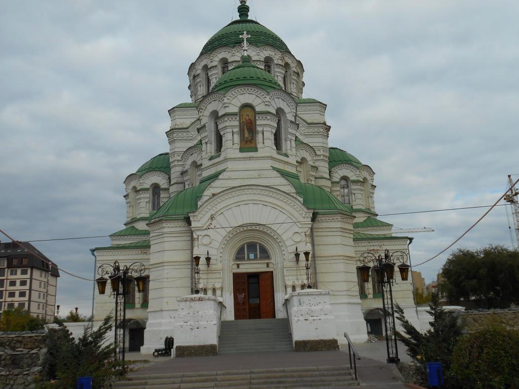 Il tempio di-San Vladimir ad Astrakhan (Foto G. Prandini)